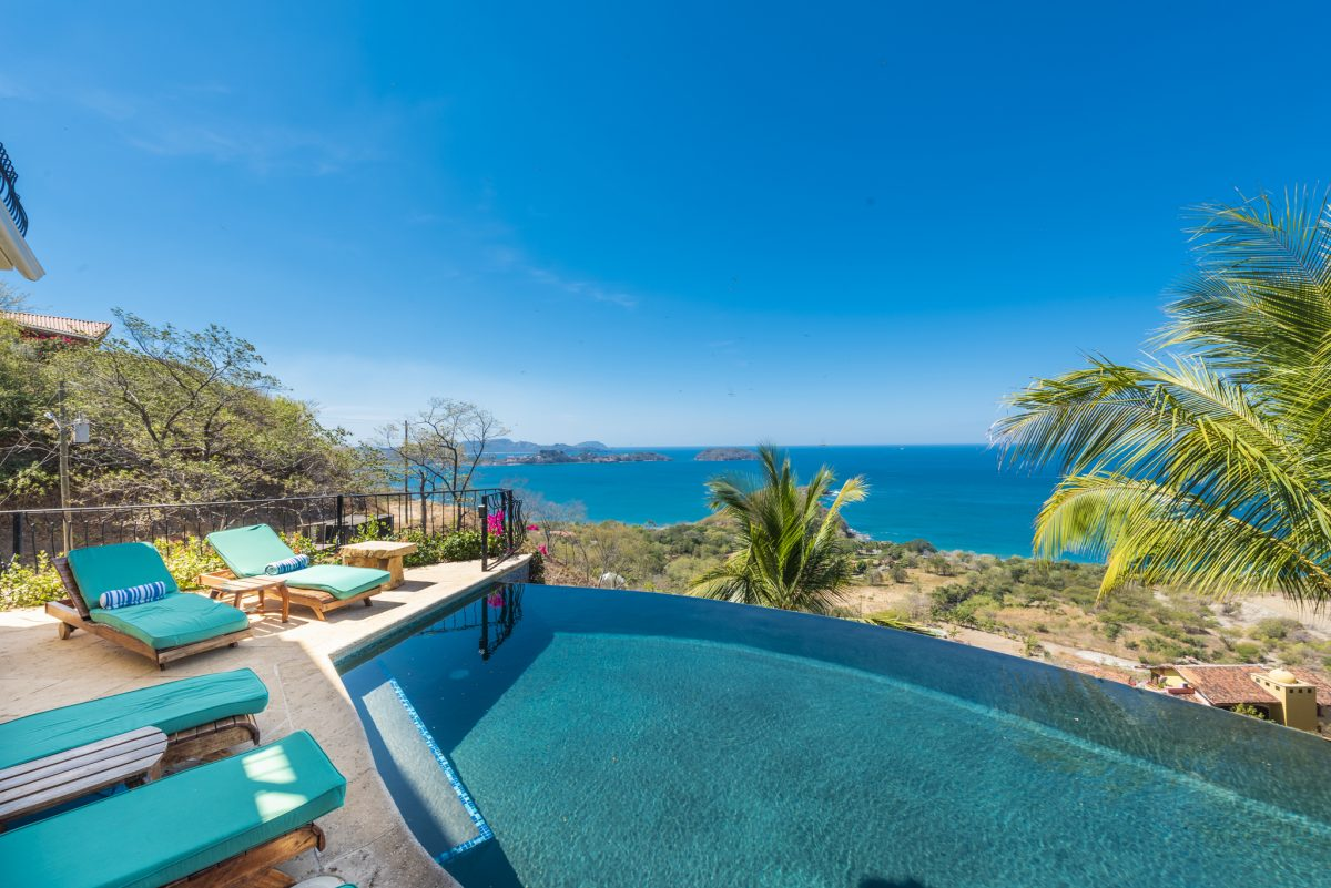 Luxurious Oceanview Home For Sale