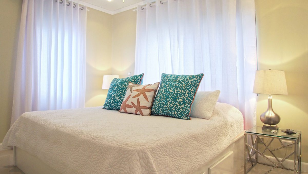08-Master-bedroom-1-scaled