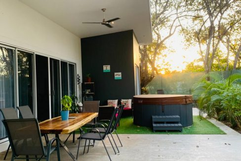 HOUSE FOR SALE TAMARINDO
