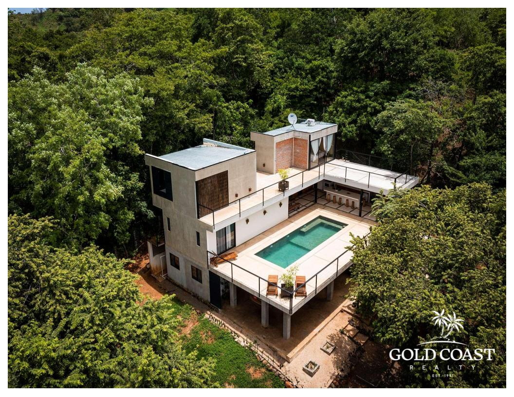 TROPICAL HIDEAWAY            3 BED HOME FOR SALE US$495,000 POTRERO BEACH